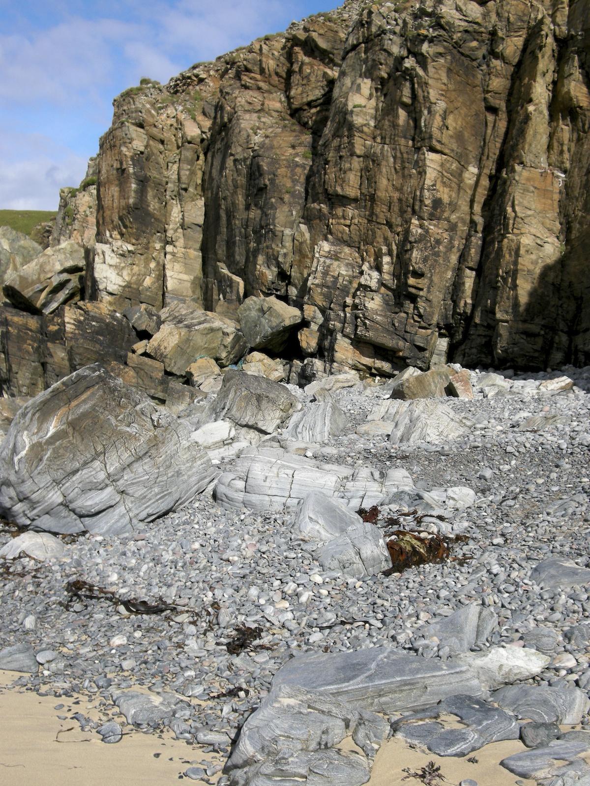 Rocks Lewis 9